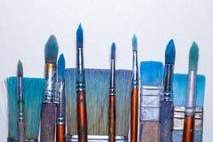 Βρώμικες λειτουργώντας βούρτσες τέχνης Στοκ εικόνα με δικαίωμα ελεύθερης χρήσης