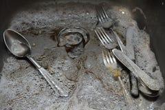 βρώμικη καταβόθρα πιάτων Στοκ εικόνα με δικαίωμα ελεύθερης χρήσης