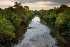 βρώμικος ποταμός Στοκ εικόνες με δικαίωμα ελεύθερης χρήσης