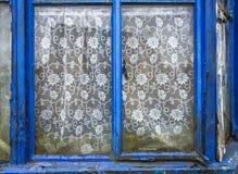 Βρώμικο παλαιό παράθυρο Στοκ Εικόνες