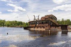 Βυθισμένα σκάφη στο λιμένα του Τσέρνομπιλ Στοκ φωτογραφίες με δικαίωμα ελεύθερης χρήσης