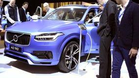 Βυσματωτή υβριδική διασταύρωση SUV πολυτέλειας μέσος-μεγέθους της VOLVO XC90 φιλμ μικρού μήκους
