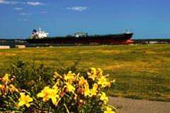 βυτιοφόρο σκαφών πετρελαίου της Γερμανίας Κίελο φορτίου καναλιών στοκ φωτογραφίες με δικαίωμα ελεύθερης χρήσης