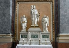 Βωμός Αγίου Joseph μέσα στη βασιλική Esztergom, Esztergom, Ουγγαρία στοκ εικόνα