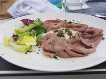 Βόειο κρέας ψητού σε Sirmione στοκ φωτογραφία με δικαίωμα ελεύθερης χρήσης