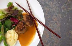 Βόειο κρέας Wabu σε ένα όμορφο πιάτο Στοκ εικόνες με δικαίωμα ελεύθερης χρήσης