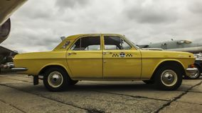 Βόλγας gaz-24 ταξί Στοκ εικόνες με δικαίωμα ελεύθερης χρήσης