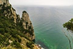 Βόρεια ακτή της Ισπανίας στη θάλασσα Cantabric Santoña στοκ εικόνα με δικαίωμα ελεύθερης χρήσης
