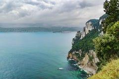 Βόρεια ακτή της Ισπανίας στη θάλασσα Cantabric Santoña στοκ φωτογραφίες