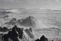 Βόρεια πορτογαλική δύσκολη ακτή Στοκ φωτογραφία με δικαίωμα ελεύθερης χρήσης