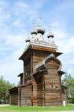 βόρεια Ρωσία εκκλησιών ξύ&lambda Στοκ Φωτογραφία