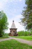 βόρεια Ρωσία εκκλησιών ξύ&lambda Στοκ εικόνα με δικαίωμα ελεύθερης χρήσης