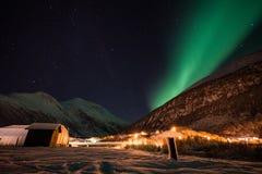 Βόρεια φω'τα κοντά στο Lyngen Alsp, Νορβηγία στοκ εικόνα με δικαίωμα ελεύθερης χρήσης