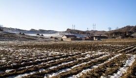 Βόρειες αγροτικές περιοχές της χειμερινής Κίνας Στοκ Φωτογραφία
