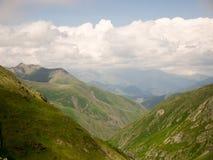 βόρειο ossetia ρωσικά βουνών ομοσπονδίας Καύκασου alania Στοκ Φωτογραφία
