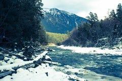 βόρειο ossetia ρωσικά βουνών ομοσπονδίας Καύκασου alania Στοκ φωτογραφία με δικαίωμα ελεύθερης χρήσης