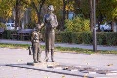 Βόλγκογκραντ Μνημείο στον πρώτο δάσκαλο Στοκ Εικόνες