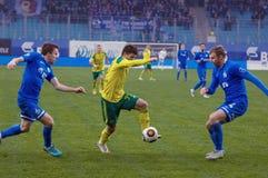 Β Lobkarev ( 77)  dribble στοκ φωτογραφία