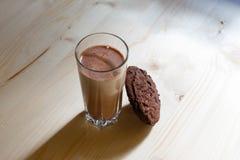 γάλα γυαλιού μπισκότων στοκ εικόνες με δικαίωμα ελεύθερης χρήσης