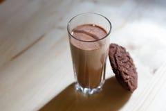 γάλα γυαλιού μπισκότων στοκ φωτογραφίες με δικαίωμα ελεύθερης χρήσης