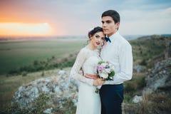 γάμος δεσμών κοσμήματος κρυστάλλου λαιμοδετών ζευγών Στοκ φωτογραφία με δικαίωμα ελεύθερης χρήσης