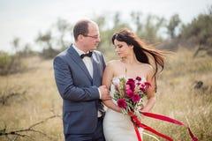 Γάμος και ιστορία αγάπης στη φύση Στοκ Φωτογραφία