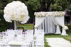γάμος λουλουδιών τελετής νυφών στοκ εικόνες