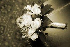γάμος πρώτου πλάνου εστίασης 3 ανθοδεσμών Σέπια Στοκ Εικόνες
