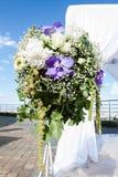 γάμος πρώτου πλάνου εστίασης 3 ανθοδεσμών Στοκ Φωτογραφίες