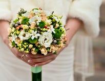 γάμος πρώτου πλάνου εστίασης 3 ανθοδεσμών Στοκ εικόνα με δικαίωμα ελεύθερης χρήσης
