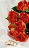 γάμος τριαντάφυλλων δαχτ& Στοκ Εικόνες