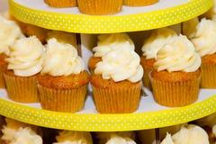 Γάμος Cupcakes Στοκ Φωτογραφίες
