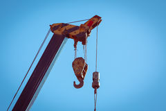 Γάντζος της κατασκευής γερανών μηχανημάτων Στοκ φωτογραφία με δικαίωμα ελεύθερης χρήσης