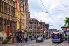 Γάνδη, Βέλγιο 12 Ιουνίου 2016: Άποψη της οδού με την ιστορική οικοδόμηση της Γάνδης Στοκ Εικόνες