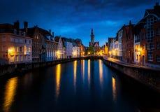 Γάνδη Βέλγιο - όμορφη άποψη πέρα από τα παραδοσιακά σπίτια Στοκ Εικόνα
