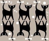 Γάτα με το τόξο στο σχέδιο ουρών και σημείων Στοκ Εικόνα