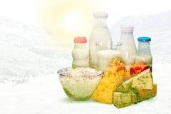 Γάλα, γυαλί, μπουκάλι γάλακτος Στοκ Εικόνες