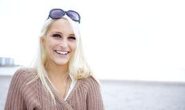γέλιο ομορφιάς φυσικό Στοκ φωτογραφίες με δικαίωμα ελεύθερης χρήσης