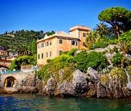 Γένοβα-Nervi, Ιταλία, σπίτι στον περίπατο θάλασσας της Anita Garbaldi Στοκ Εικόνα