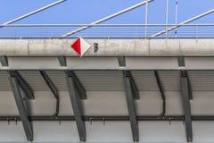 Γέφυρα αναστολής πέρα από τη λεπτομέρεια δοκών της Ada - Βελιγράδι - Σερβία Στοκ εικόνες με δικαίωμα ελεύθερης χρήσης