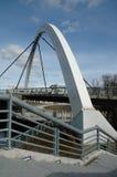 γέφυρα αψίδων σύγχρονη Στοκ εικόνα με δικαίωμα ελεύθερης χρήσης