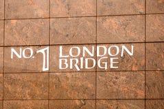 γέφυρα βαρκών Λονδίνο παλαιό Στοκ φωτογραφίες με δικαίωμα ελεύθερης χρήσης