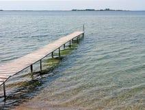 γέφυρα για πεζούς της Δανίας ξύλινη στοκ εικόνα με δικαίωμα ελεύθερης χρήσης