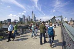 Γέφυρα για πεζούς της Φρανκφούρτης Στοκ εικόνα με δικαίωμα ελεύθερης χρήσης