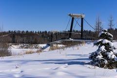 Γέφυρα για πεζούς του Έντμοντον οχυρών - χειμερινό τοπίο στοκ εικόνες
