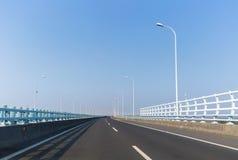 Γέφυρα διαγώνιος-θάλασσας Zhoushan Στοκ Εικόνα