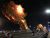 Γέφυρα δράκων νύχτας στη DA Nang, Βιετνάμ Στοκ Εικόνα