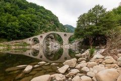 Γέφυρα διαβόλου - μια αρχαία γέφυρα πετρών στη Βουλγαρία, Ευρώπη Στοκ Εικόνες