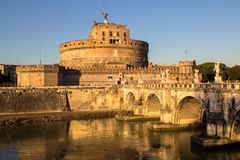 Γέφυρα και Sant ` Angelo Castel, Ρώμη Sant ` Angelo Στοκ φωτογραφίες με δικαίωμα ελεύθερης χρήσης
