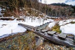 Γέφυρα κούτσουρων Στοκ εικόνα με δικαίωμα ελεύθερης χρήσης